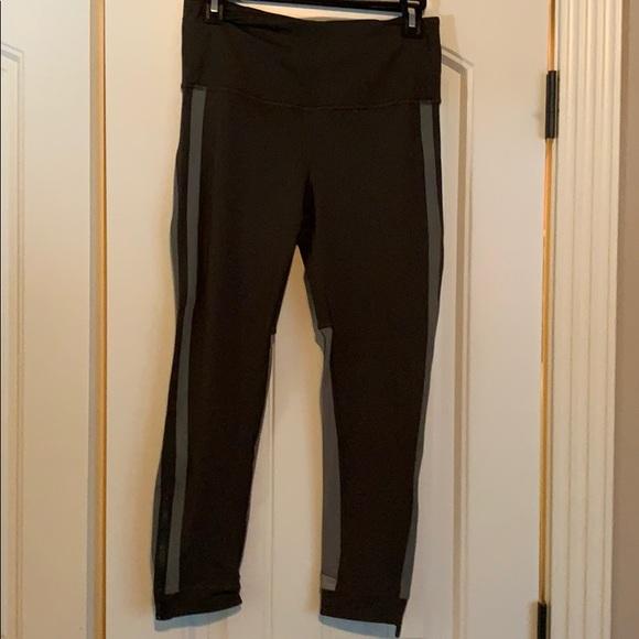 lululemon athletica Pants - Lululemon size 8 HR legging luxtreme